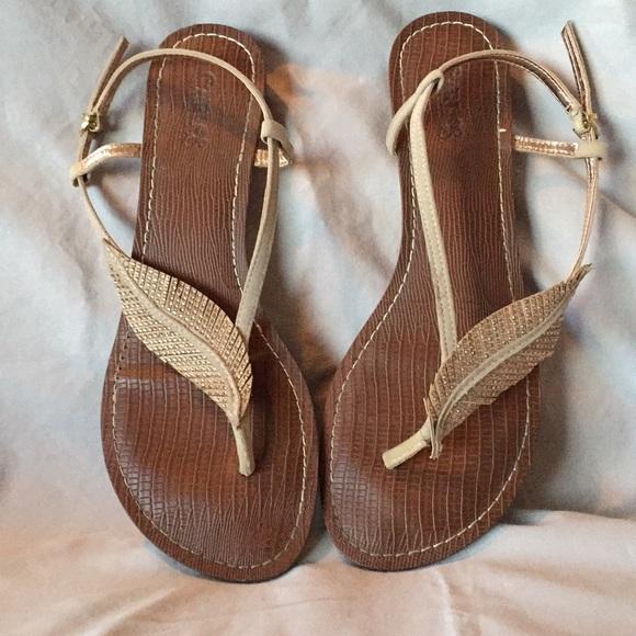 f4b4a9562132 Carlos Santana Shoes - Carlos Santana Tandy Sparkle Leaf Sandals